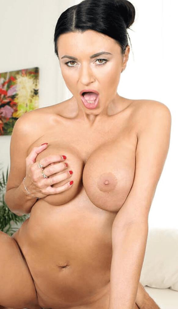 Ania Kinski Porn