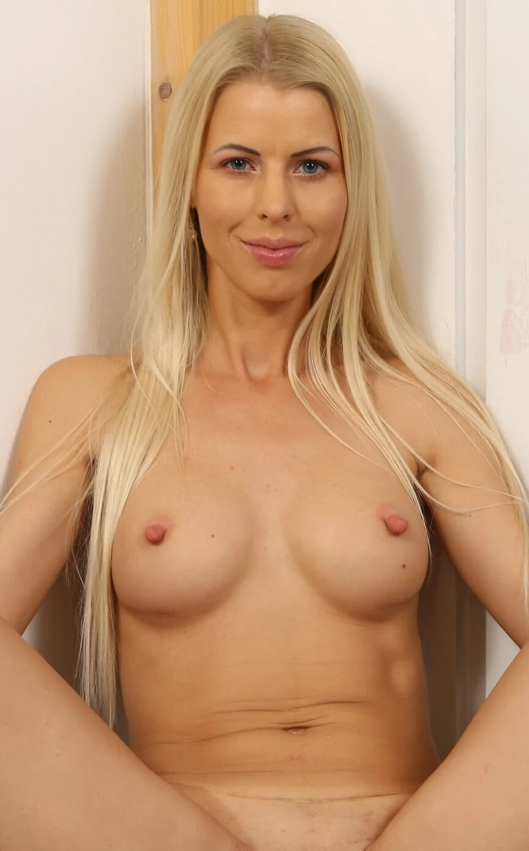 Lynna Nilsson VR