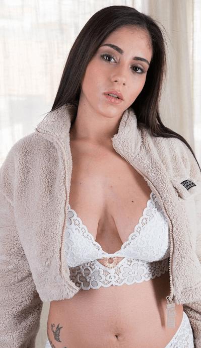 Aysha Dama VR
