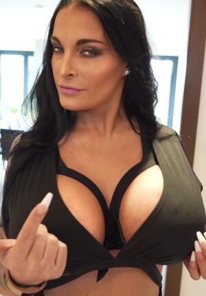 Lisa Koenig