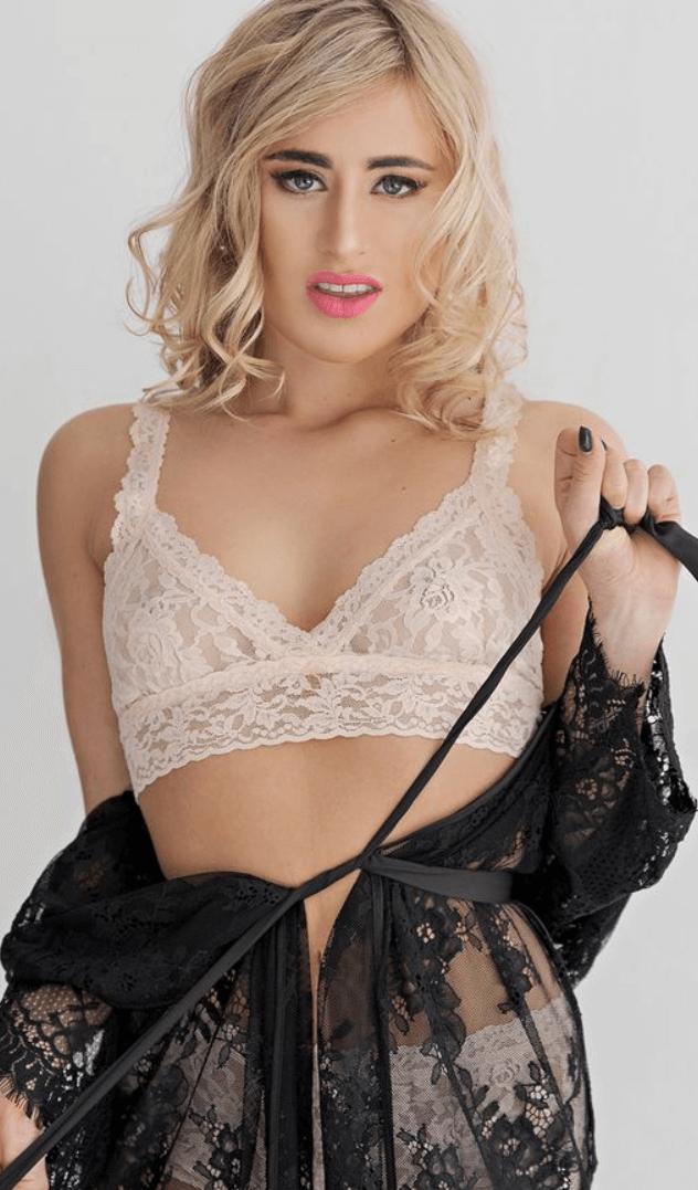 Lindsey Cruz VR