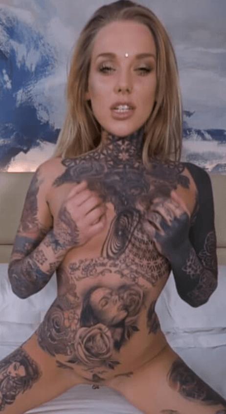 Lauren Brock VR