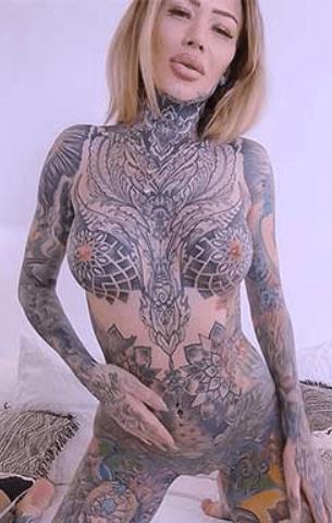 Becky Holt VR