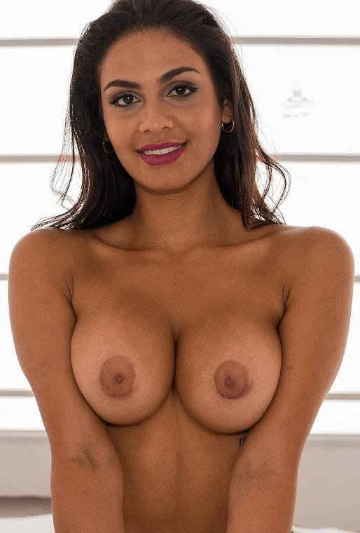 Isabella Angela VR
