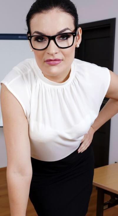Hannah Vivienne VR