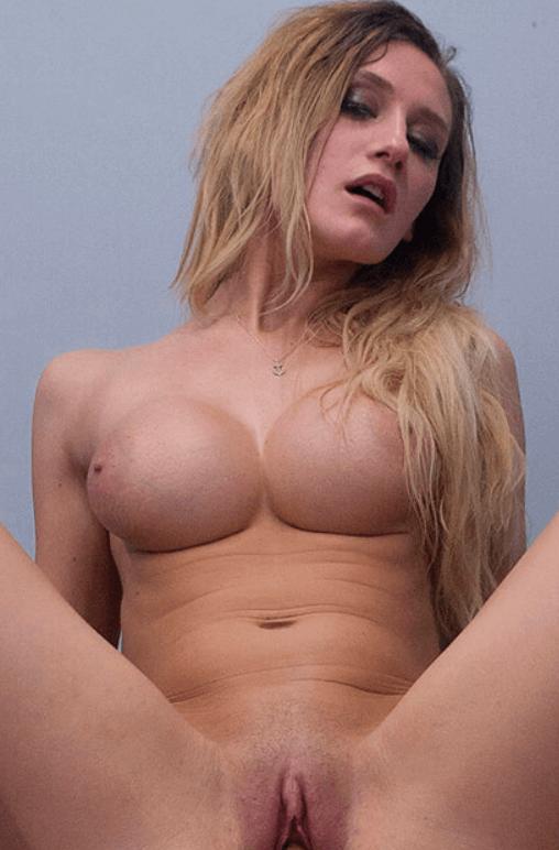 Linda LeClair VR