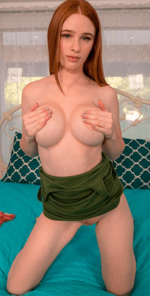 mature fishnets nude