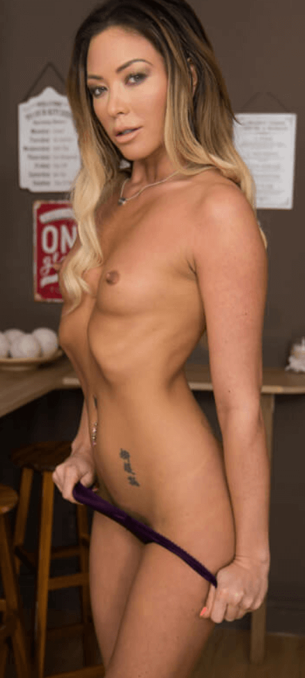 Natalia Forrest VR