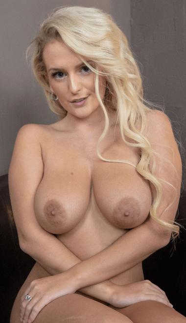 Lycia Sharyl VR