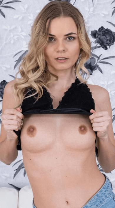 Elina Sweet VR