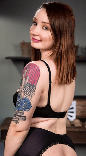Violet Monroe  VR