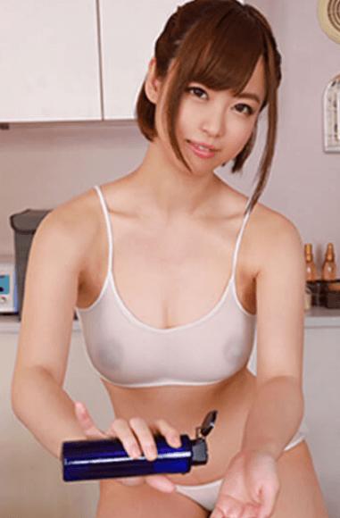 Emi Hinata VR