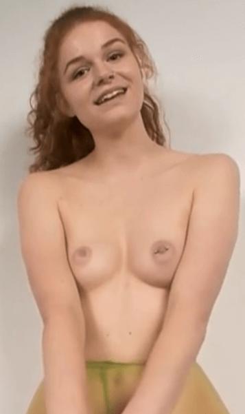 Anabelle Roscoe VR