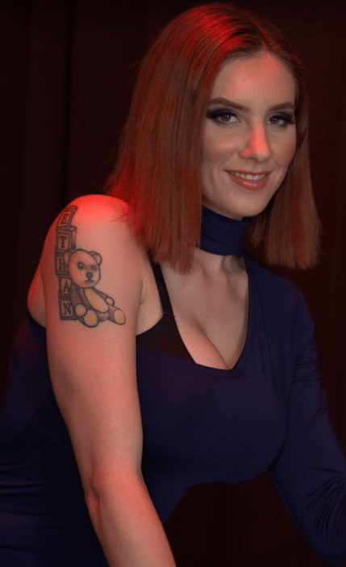 Lilian Stone VR