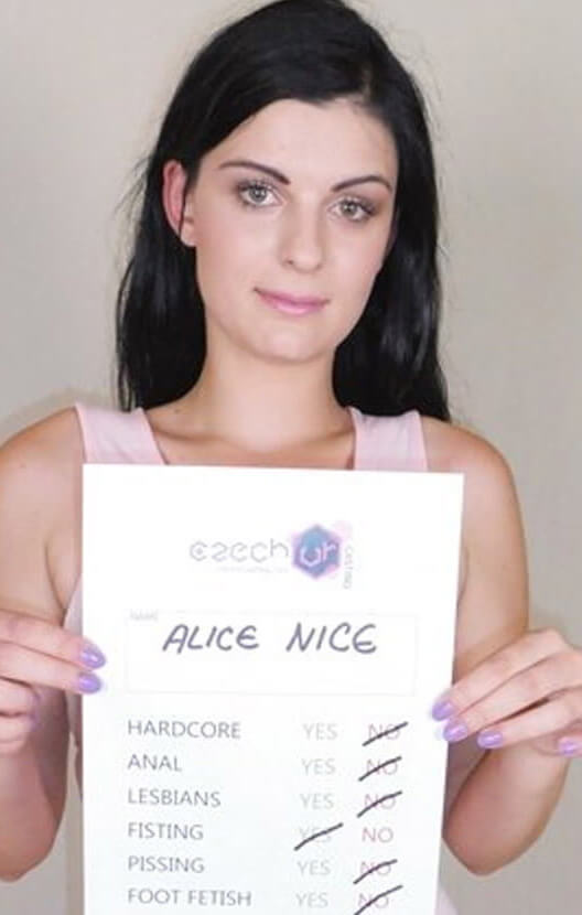 Alice Nice VR