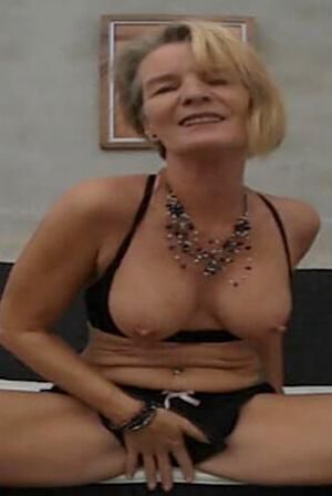 Sandra Granny VR