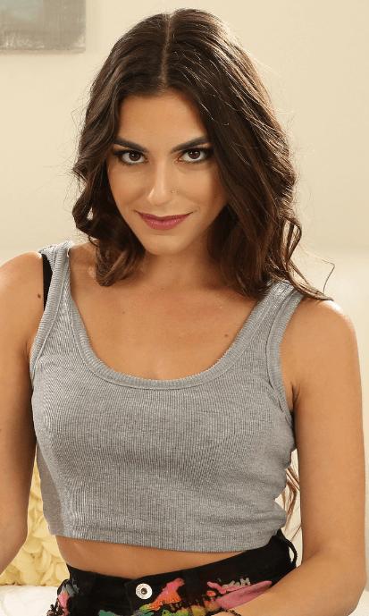 Arielle Faye VR
