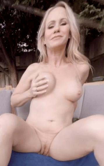 Simone Sonay VR